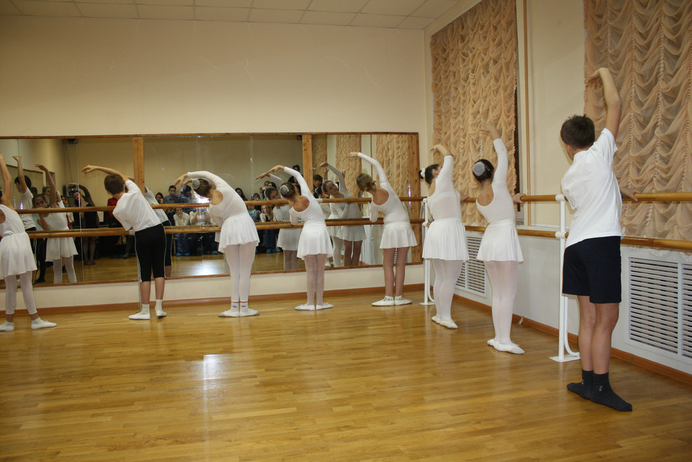 линейке банковских детский балетный открытый урок фото большей