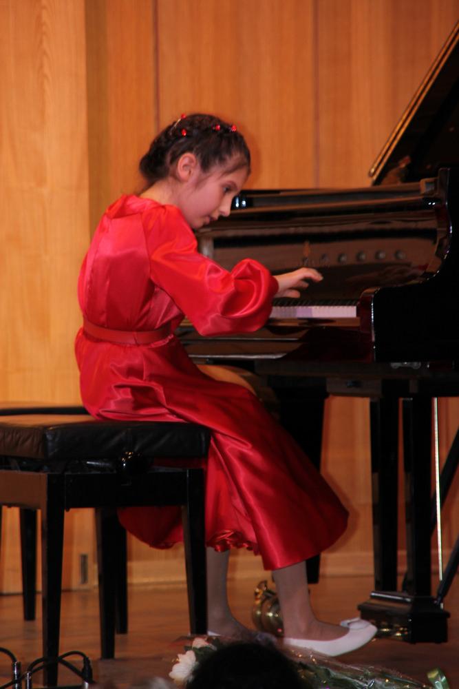 Конкурсы фортепиано младшие